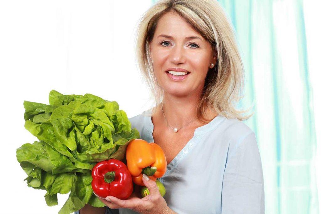 https://www.beperfectlifestyle.com/wp-content/uploads/2019/11/alimentazione-in-menopausa.jpg